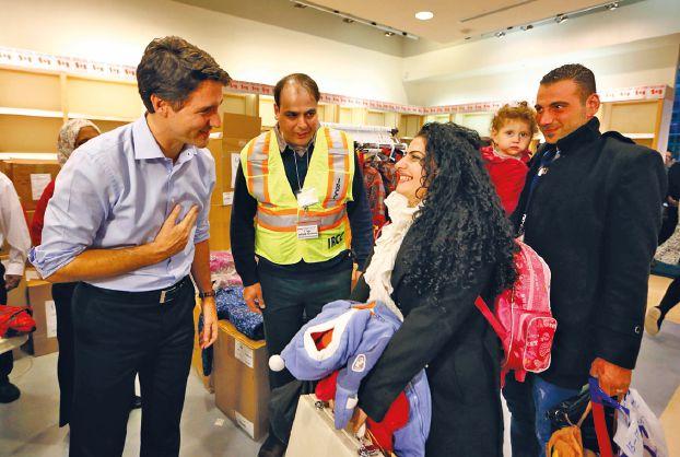 صورة لاجئون سوريون يصلون لمراكز سياسية في كندا وألمانيا