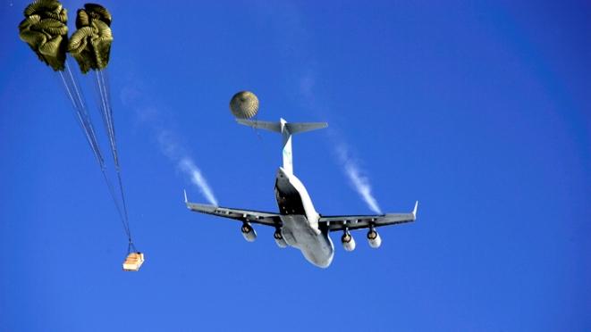 صورة طائرات مذخرة بالطعام ..كواليس التشاور الدولي