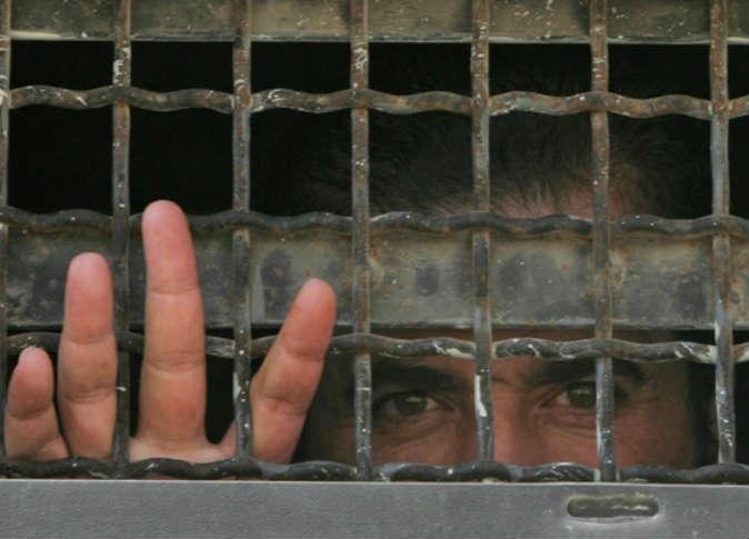 صورة الأسد يخفي قسرا 1146 فلسطيني..بينهم فتيات