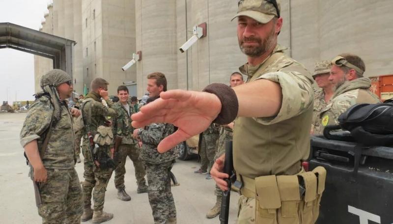 """صورة الجيش الأمريكي يمتدح """"قسد"""" وتركيا تصعد"""