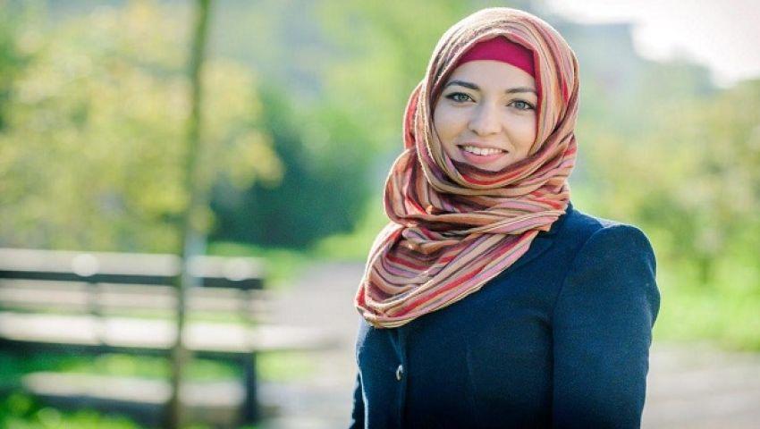 صورة طرد طالبة من حافلة مدرسية بأمريكا لارتدائها الحجاب