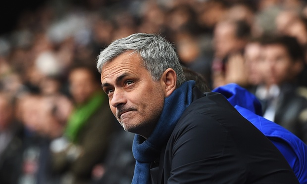 """صورة مورينيو: مانشستر يونايتد لا يحسد منافسيه على """"حياتهم الرائعة"""""""