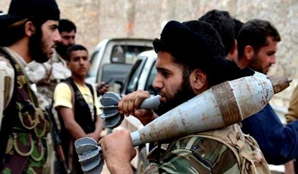 صورة لماذا انقضّت فتح الشام على رفاق السلاح؟