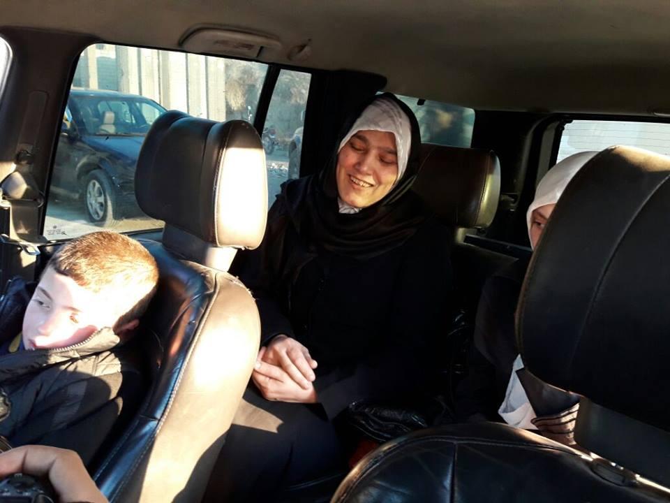 """صورة صفقة تبادل """"أسيرات"""" بين الثوار والأسد"""