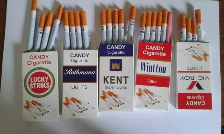 """صورة """"سجائر العلكة"""" منتج بمناطق الأسد لتشجيع الأطفال على التدخين"""