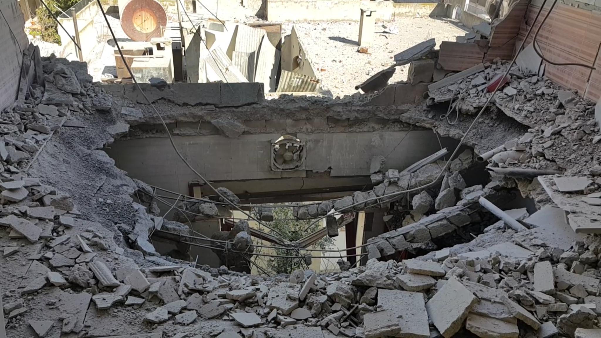 صورة مدنيو الوعر يدفعون ثمن مراوغة الأسد من دمائهم