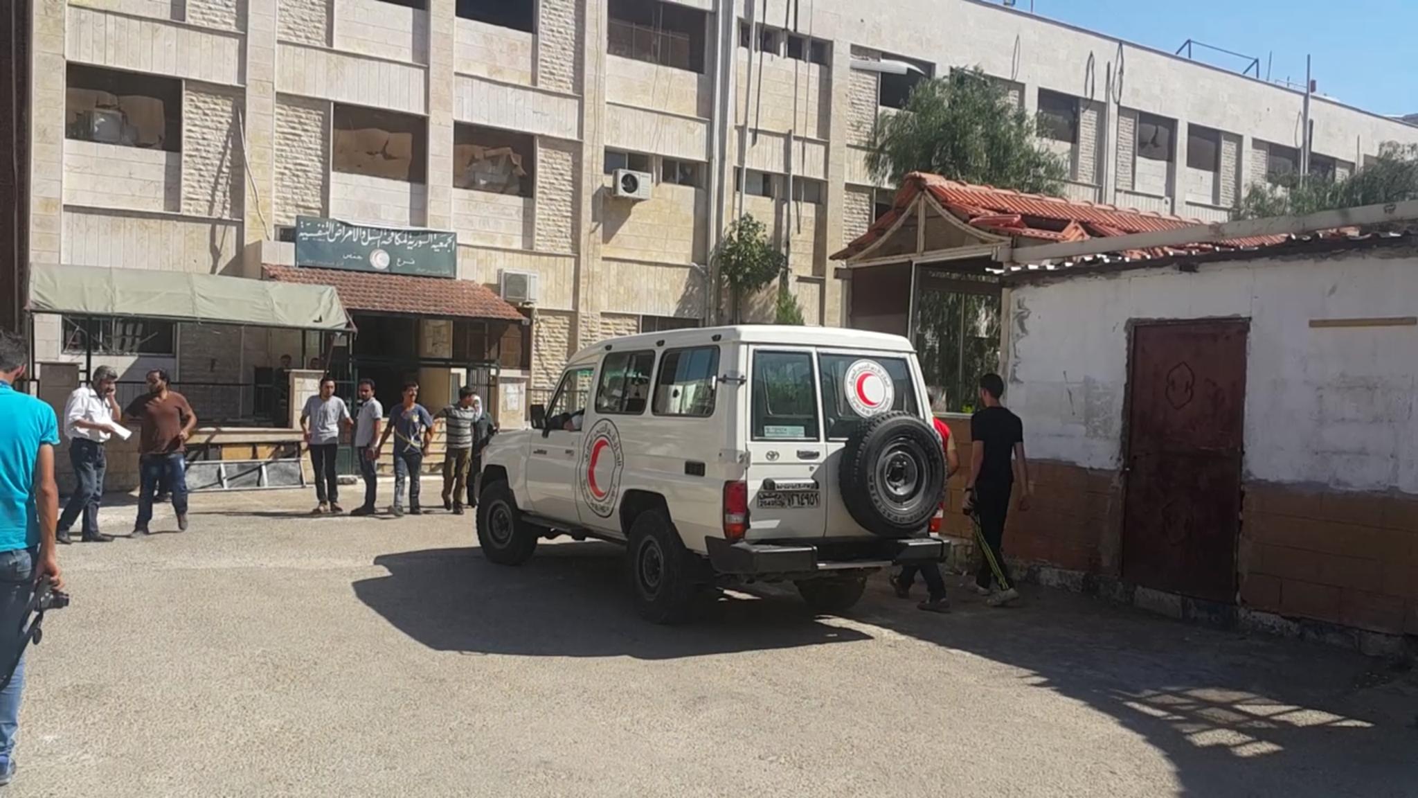 صورة الأسد يواجه الأمم المتحدة عسكريا لمنعها دخول الوعر