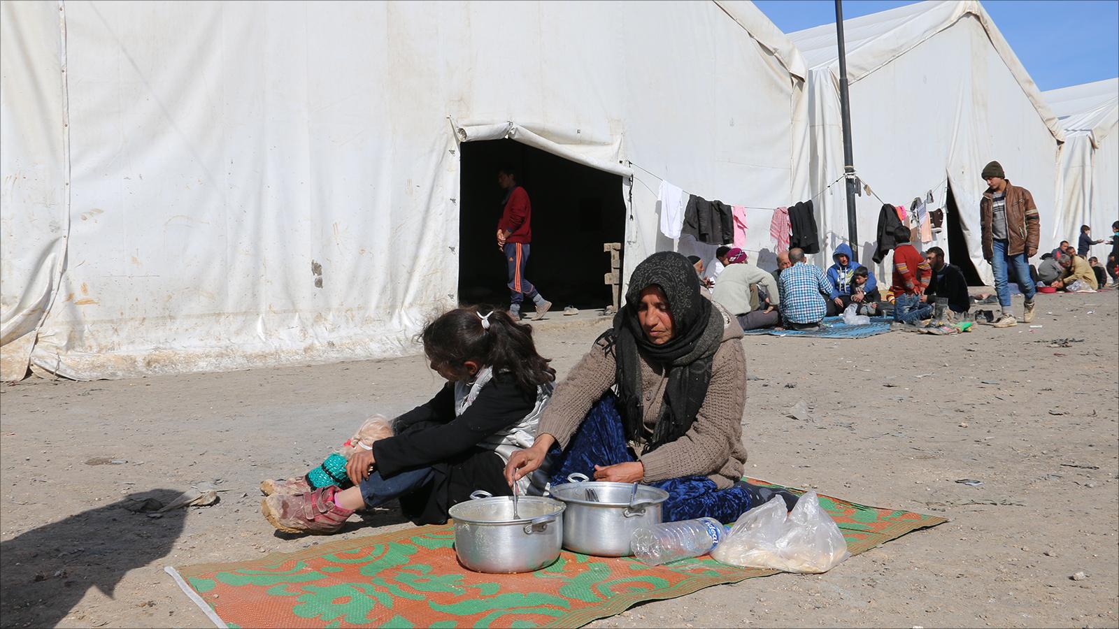 صورة معارك الباب.. مآسي النزوح والمخيمات
