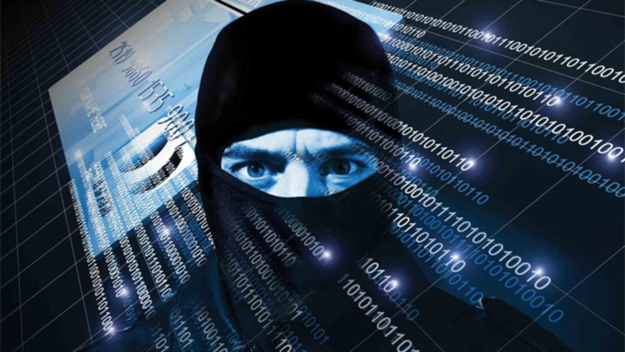 صورة قراصنة روس وراء الهجمات الإلكترونية على بريطانيا