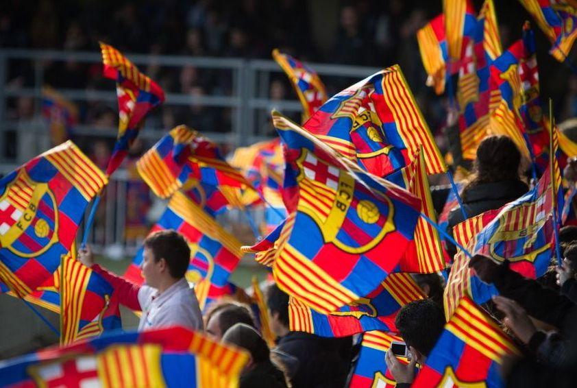 """صورة موهبة جديدة ستنافس """"ميسي"""" في برشلونة..من هي؟"""