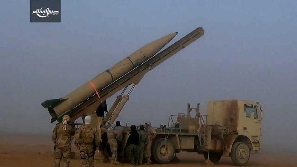 صورة الصواريخ البالستية.. رسالة نارية من جيش الإسلام للأسد