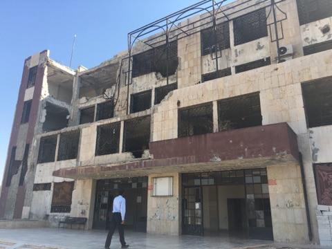 صورة 16 قتيل بصواريخ ارتجاجية ضربت سجن إدلب