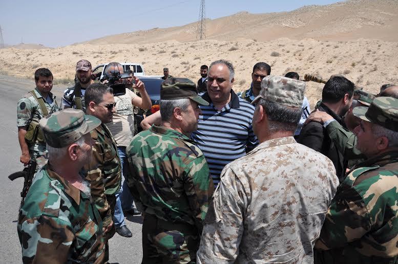 صورة محافظ حمص ينجو من الاغتيال وتعثر مفاوضات الوعر