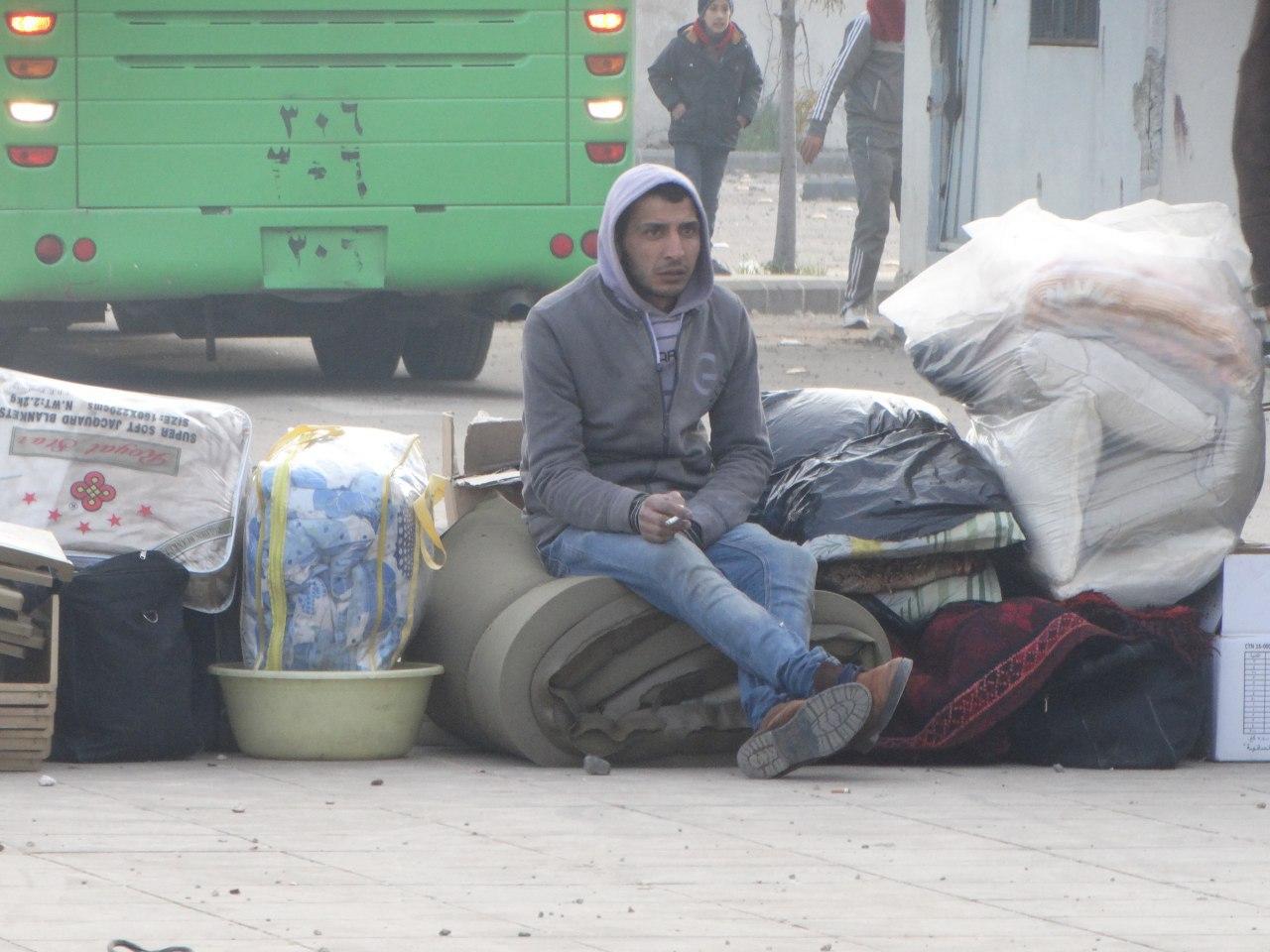 صورة الدفعة الثانية من مهجري الوعر تقصد جرابلس