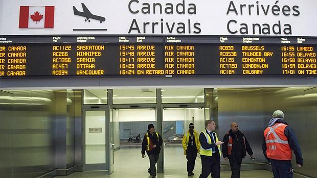 """صورة كندا تلاحق موظفي مطاراتها لحملهم """"الفكر الجهادي"""""""