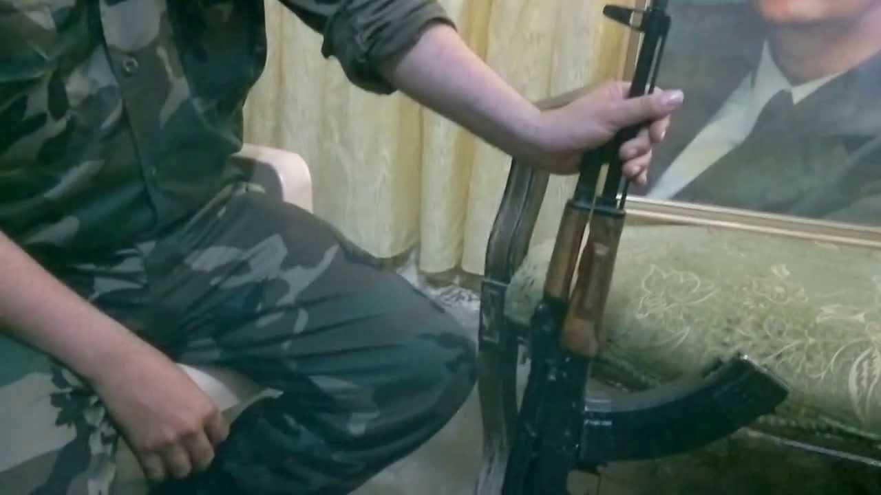 صورة شاهد: شبيح يقتل آخر خلال تشييع بطرطوس