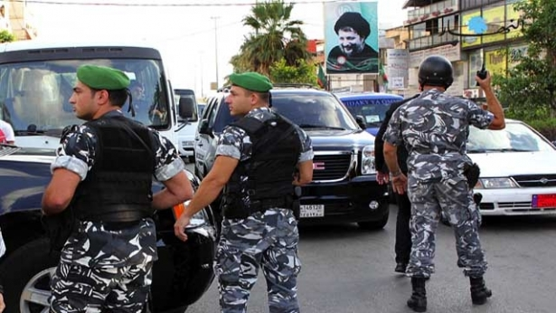صورة لبنان سلم مخابرات الأسد 56 سوري و108 مصيرهم مجهول