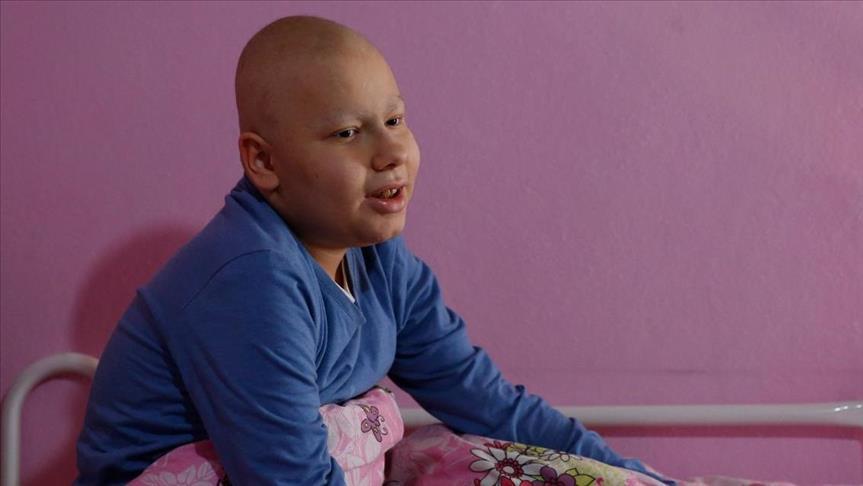 صورة محمد.. طفل سوري يصارع السرطان والغربة