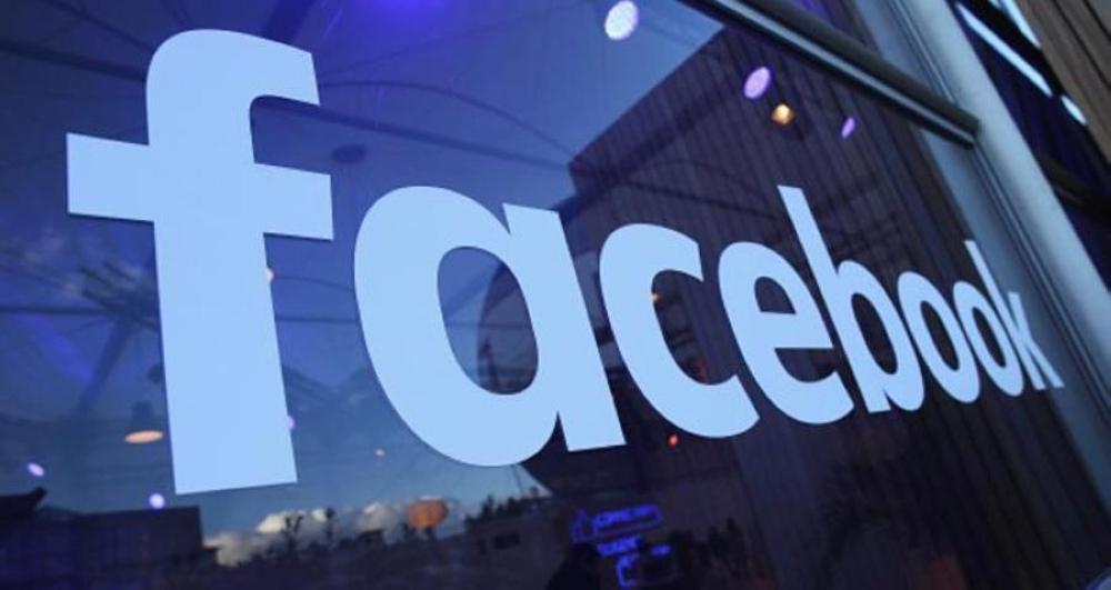 """صورة """"فيسبوك"""" على خطى """"سناب تشات"""" بخاصية الكاميرا"""