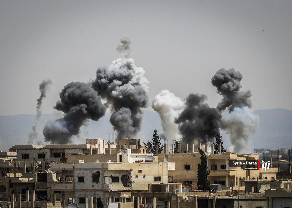 صورة الأسد يضاعف قصف المدنيين بدرعا عقب خسائره