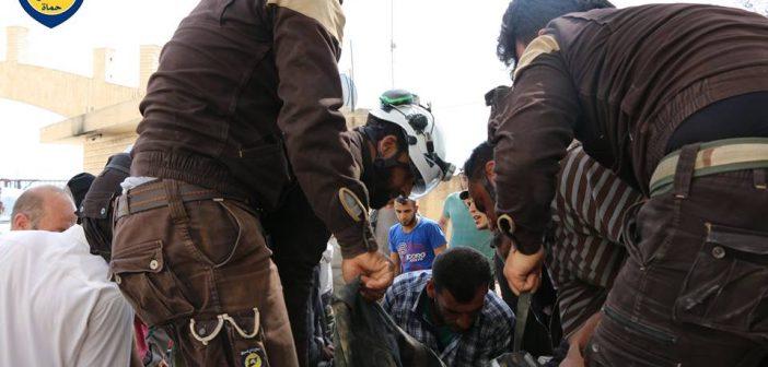 صورة مقتل 8 من عناصر الدفاع المدني جراء غارة روسية بريف حماة