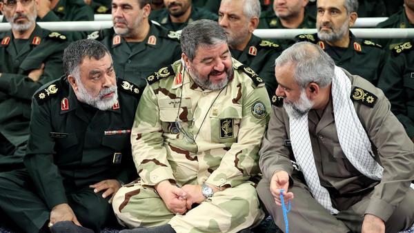 صورة إيران: سنقاتلكم حتى آخر شيعي عربي!