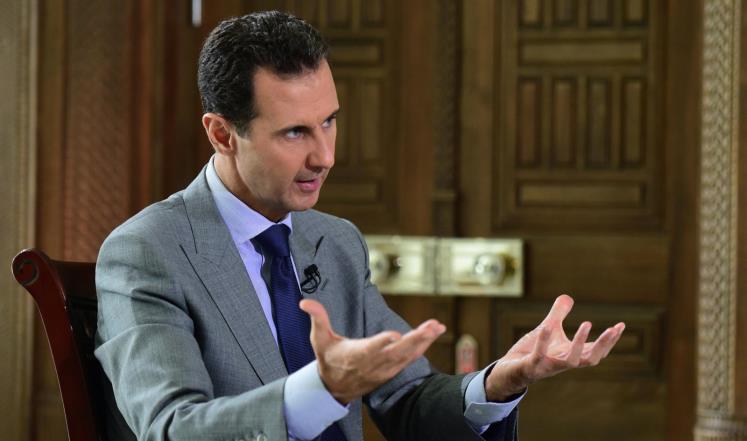 صورة الأسد يغوص بالدماء هربا من الحل السياسي