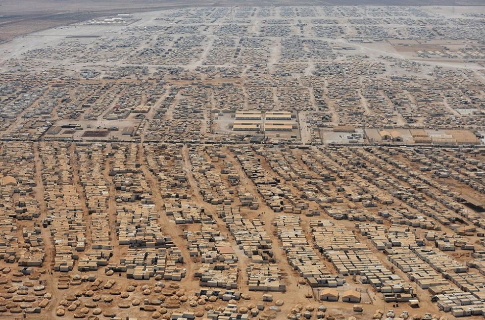 صورة عدد اللاجئين السوريين يتجاوز عتبة الخمسة ملايين