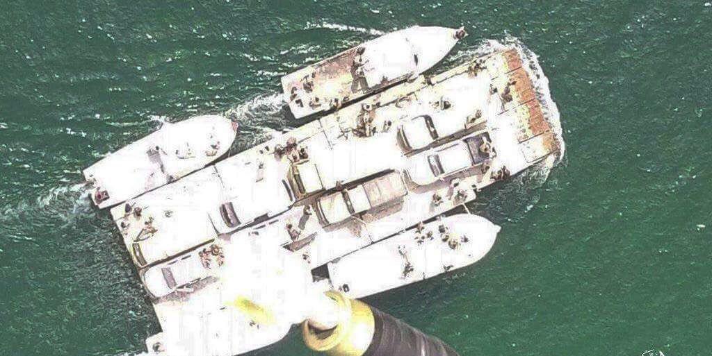 صورة طائرات تنظيم الدولة تقصف قسد بالرقة