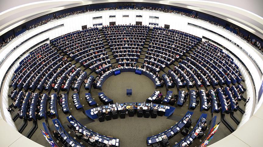 صورة حرمان معاون وزير خارجية الأسد من دخول البرلمان الأوروبي