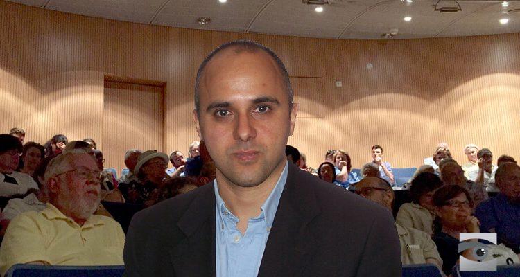 صورة صحفي بريطاني زار دمشق: الأسد تاج أجوف
