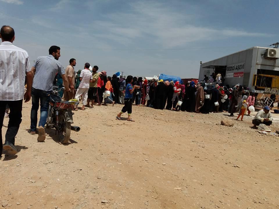 """صورة أوضاع صعبة يعيشها المهجرين بمخيم """"الزوغرة"""""""