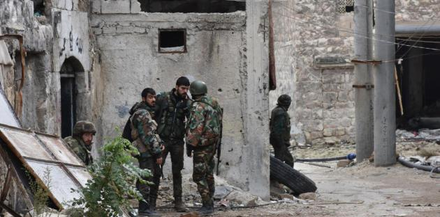 """صورة حصار الأسد لـ""""محجة"""" يجبرها على مصالحته"""