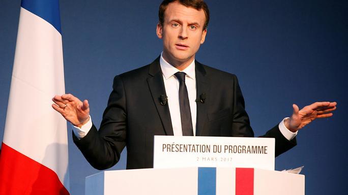 صورة ماكرون رئيس لفرنسا ولوبان تقر بالهزيمة