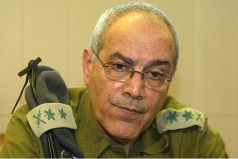 صورة ضابط إسرائيلي: الأسد هو حل هذه المرحلة