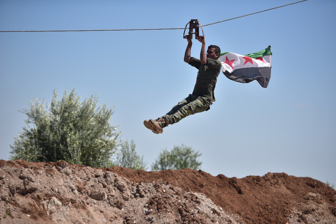"""صورة التحالف يوصي """"الحر"""" على بلدات بريف حلب بدلا عن """"قسد"""""""