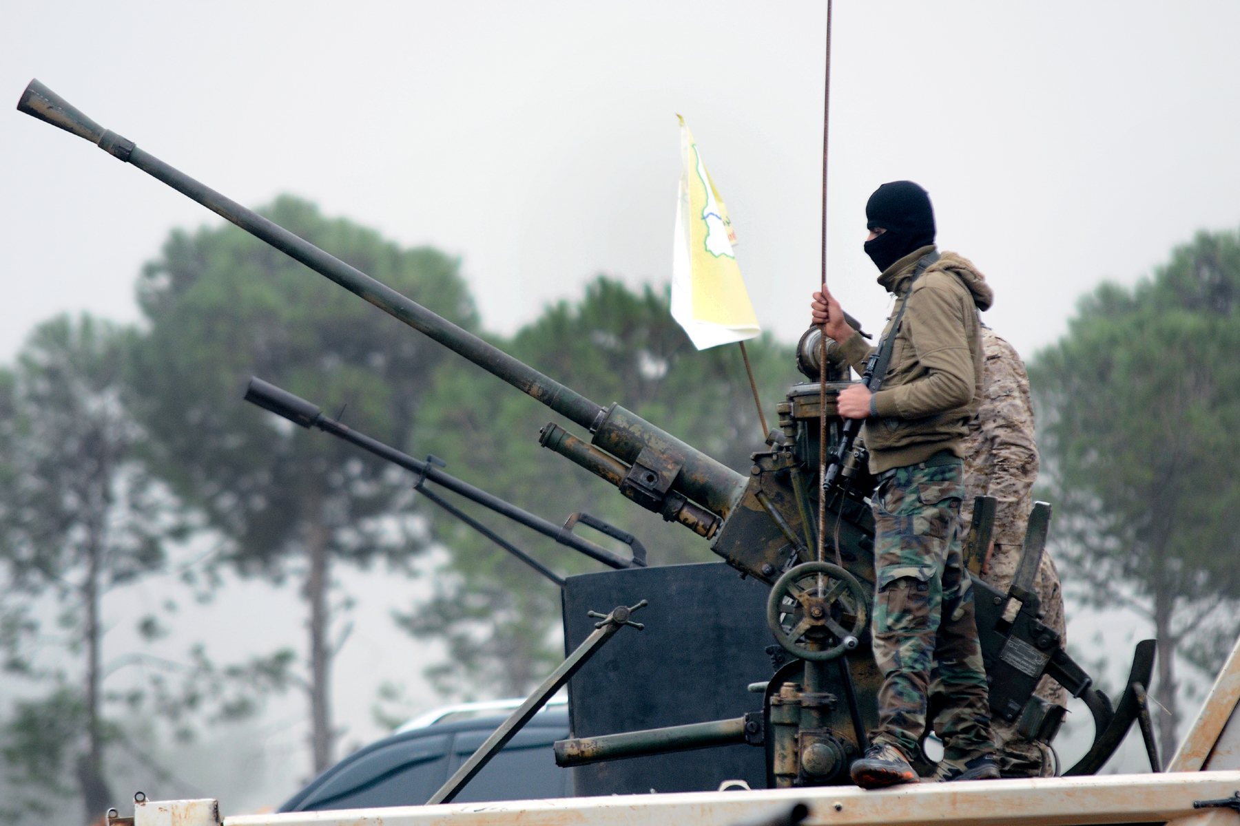 صورة القوات الكردية تعلن سيطرتها على الطبقة والفرات