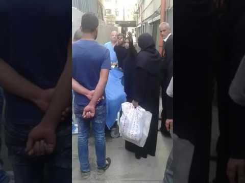 صورة وفاة لاجئة أمام مشفى خيري في لبنان رفض استقبالها