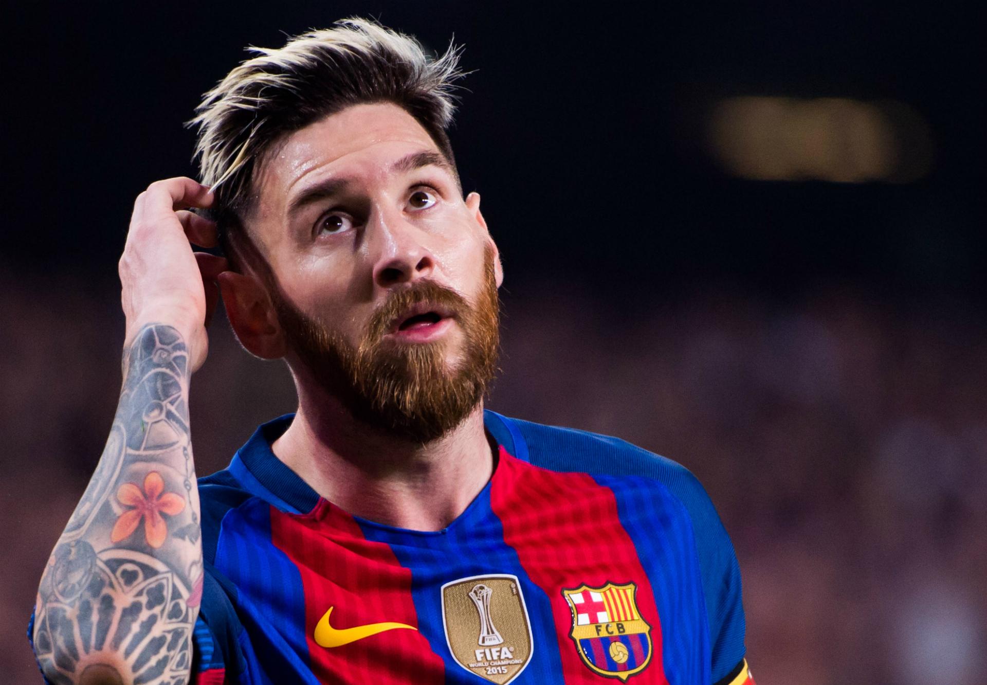 صورة ميسي يحذر برشلونة من التعاقد مع هذا اللاعب