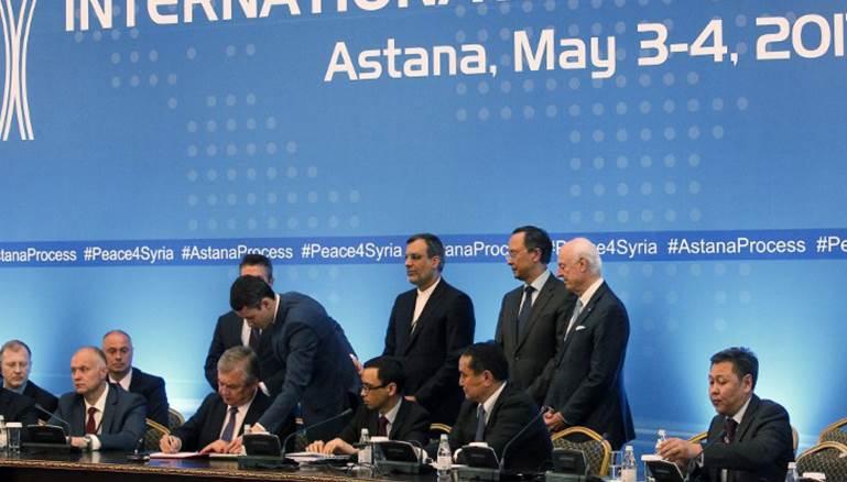 صورة محللون روس: سوريا الموحدة لم تعد قائمة والاتفاق لتقسيمها مؤقتا