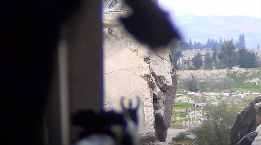 صورة أمير بتحرير الشام يخرج من دمشق للشمال عبر النظام