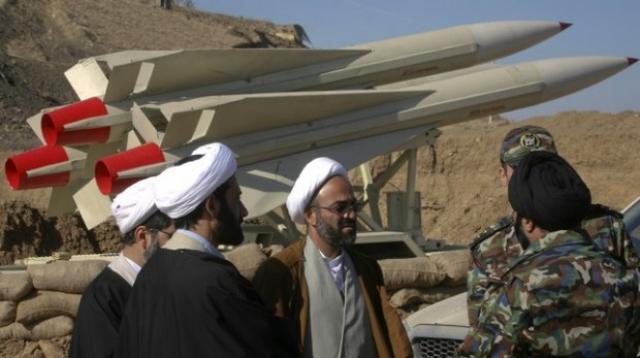 صورة صواريخ للحرس الثوري على دير الزور من إيران