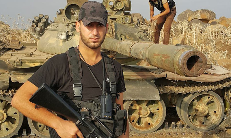 """صورة أبرز رماة """"التاو"""" بدرعا قتيلاً بمعارك مع التنظيم"""