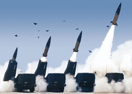 """صورة واشنطن تؤكد نشر صواريخ """"هيمارس"""" بسوريا"""