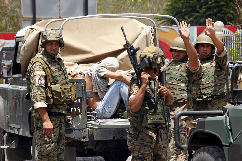 صورة الجيش اللبناني يداهم لاجئين سوريين مجدداً