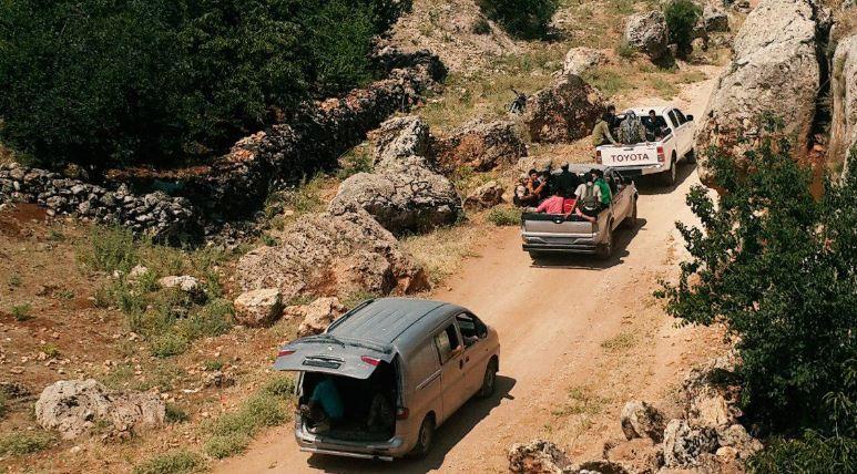 صورة عملية تبادل بين تحرير الشام وحزب الله