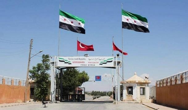 صورة مدفعية تحرير الشام تقصف معبر باب الهوى