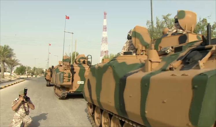 صورة توافد دفعات تعزيزية تركية جديدة إلى قطر