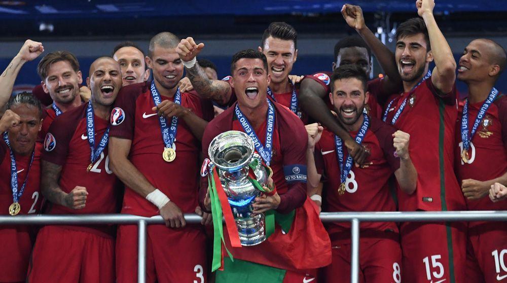 صورة استقالة 3 وزراء برتغاليين بسبب يورو 2016