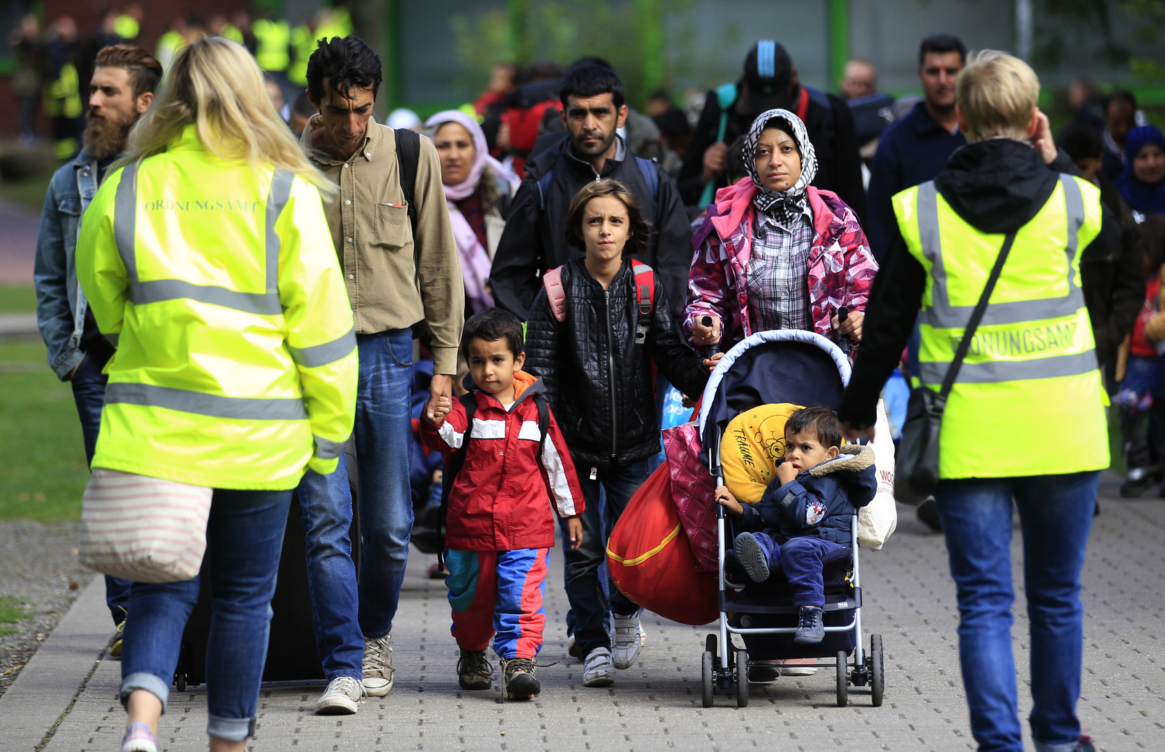 صورة تفكك أسري يصيب عائلات سورية بألمانيا